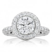 Brilliant Cut Engagement ring with domed Micro Pavé Halo