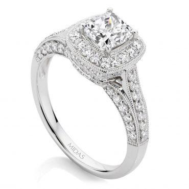 Cushion Cut Pavé Halo Engagement Ring