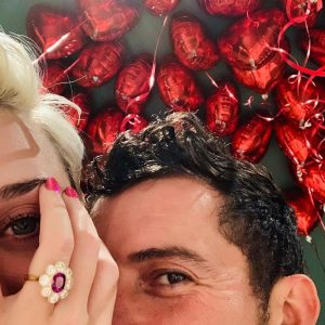 Katy Perry's engagement ring from Orlando Bloom