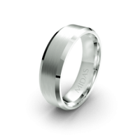 Traditional Bevelled Edged Ring (QF1382)