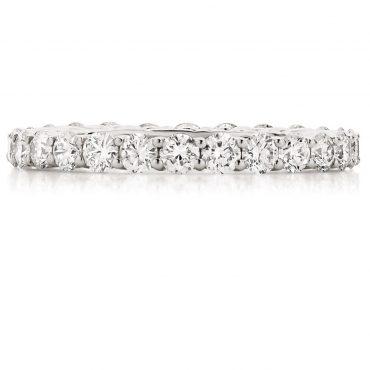 Round Diamond Microclaw Wedding Band