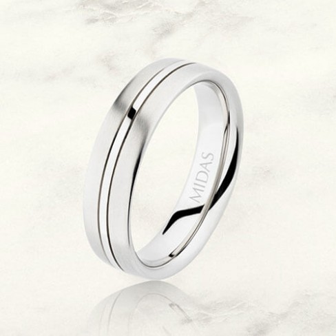 What makes two-tone wedding bands popular?