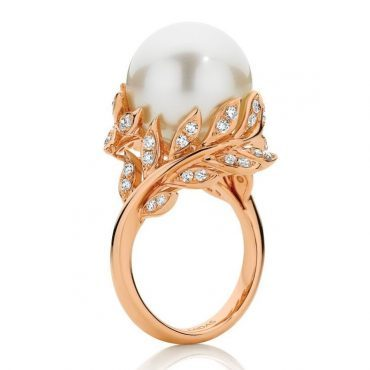 Pearl and Rose Gold Vine Ring