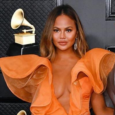 Chrissy Teigen at the 2020 Grammys