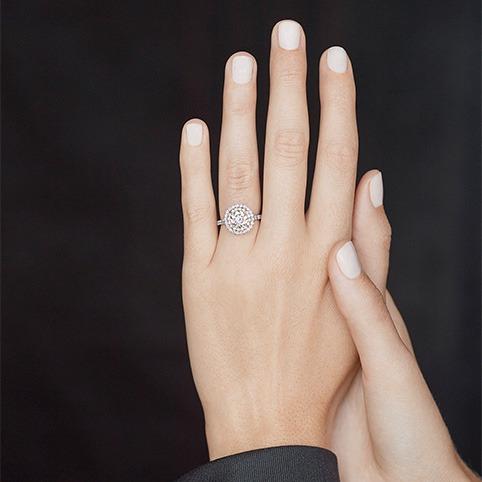 What Makes Round Cut Diamonds a Desired Cut?