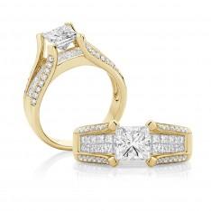 Princess Cut Diamond Split Band – Yellow Gold