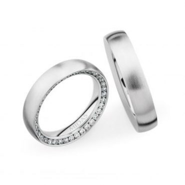 0246822 Women's & 0280002 Men's Wedding Bands