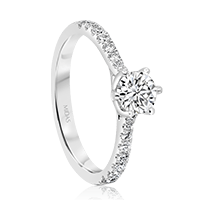 Round Brilliant Solitaire with Diamond Shoulders
