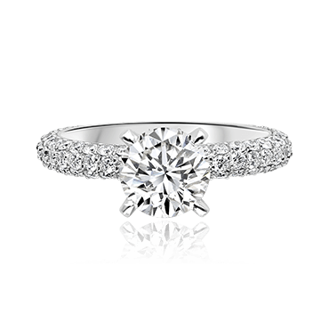 Elegant Round Brilliant Solitaire with Pavé Diamond Shoulders