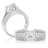 Princess Cut Diamond Split Band – White Gold
