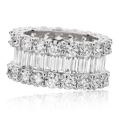 Round Brilliant and Bagutte Cut Diamonds