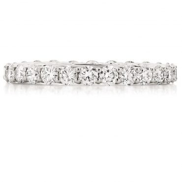 Round Diamond Microclaw Wedding Band