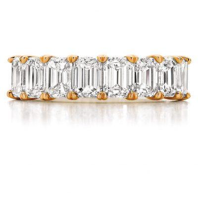 Full Circle of Emerald Cut Diamonds